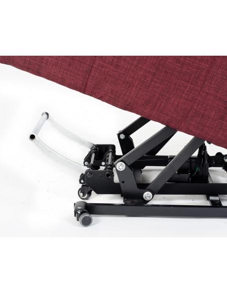 Poltrona alzapersona 2 mot, reclinazioni indipendenti, braccioli/orecchie estraibili x spost. Letto/carrozzina, tavolino, ruote